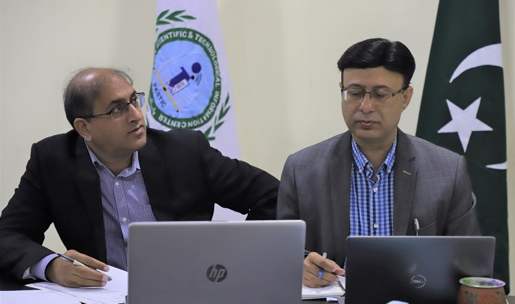 Dr Mirza Habib Ali , Director Research Support PSF and Prof. Dr Muhammad Akram Shaikh DG PASTIC participating during the third Pak China Science Workshop