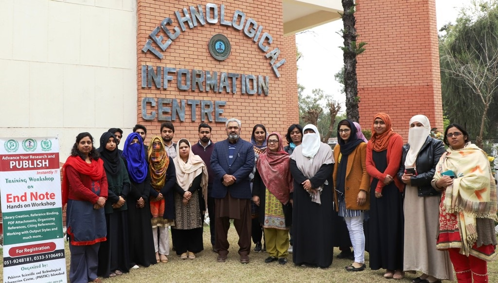 Group Photo of the participants of Training Workshop on