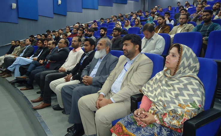 A glimpse of PASTIC Officers, Dean FES, GIK, Topi, Director DoST, Deputy Speaker, KPK, Special Assistant to the CM-KPK on S&IT during the 2018 awards ceremony of Top KP Scientists under Directorate of Science and Technology (DoST), Government of KPK held on 29th January, 2019 at UET, Peshawar.